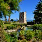 Dos torres almenara de Estepona se incluyen en un estudio de la UMA sobre fortificaciones del Reino de Granada