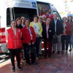 El Ayuntamiento y Obra Social 'La Caixa' entregan a Cruz Roja  un vehículo adaptado para trasladar a personas con movilidad reducida