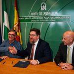 """Firmado el convenio que permitirá certificar las mieles producidas en la provincia como """"Miel de Málaga"""""""