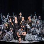 La familia Addams cierra una Temporada 2017-18 que propone en su parte final a Luz Casal, Sílvia Pérez Cruz, Arcángel y el estreno de Passio Christi