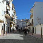 El alcalde y el presidente de la Diputación de Málaga inauguran las obras de remodelación de la calle Cádiz