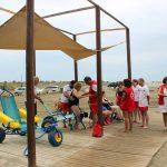 El Ayuntamiento ampliará el número de playas con zonas de sombra  para discapacitados