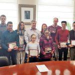 El alcalde reconoce a los deportistas locales que destacaron en competiciones durante 2017