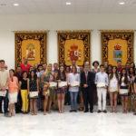 El alcalde reconoce a los 11 mejores alumnos de Bachillerato de Estepona con los V Premios a la Excelencia Educativa