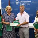 El Ayuntamiento entrega una subvención a la asociación Concordia Antisida para apoyar su labor en el municipio