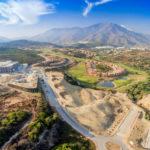El entorno del hospital de Estepona se completará con una zona verde de 25.000 metros cuadrados