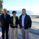 Acciones de limpieza y mantenimiento en las playas de Estepona